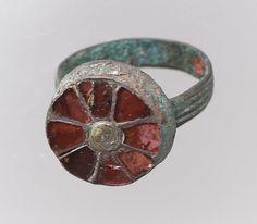 Finger Ring  Date:500–550 Culture:Frankish Medium:Gold, garnet, mother-of-pearl