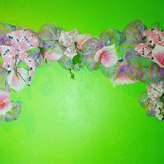Deco Mesh Garland, Floral Garland, Hippie Bohemian, Bohemian Decor, Chic Fashionista, Used Cell Phones, Classic Toys, Purple, Pink