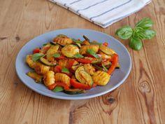 Gnocchi - Salat, ein schmackhaftes Rezept mit Bild aus der Kategorie Gemüse. 312 Bewertungen: Ø 4,5. Tags: Gemüse, kalt, Kartoffel, Party, Salat, Vegetarisch, Vorspeise, warm