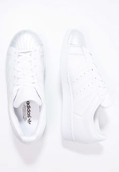Sneakers laag adidas Originals SUPERSTAR  - Sneakers laag - white/core black wit: € 76,95 Bij Zalando (op 5-4-17). Gratis bezorging & retournering, snelle levering en veilig betalen!