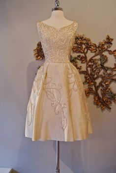 Beautiful 1950s Emma Domb dress. $298 at ... | Style - 1950's loves