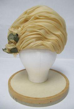 1960's Ivory Organza Turban Made in France от MimiCloset, $40.00