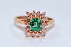 20% OFF SALE!! Mesmerizing Glowing 1.10tcw Colombian Emerald & Diamond 14kt…
