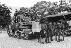 British_M4_Sherman_Crab_Tank_With_Mine_Flail.jpg