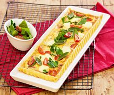 Speck and Cheese Tart with Cherry Tomatoes - Cooking with Tenina Baking Recipes, Healthy Recipes, Cooking Tomatoes, Cheese Tarts, Savory Tart, South African Recipes, Savoury Baking, Appetisers, Keto Snacks