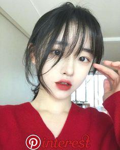 Pin by วรินทร์ ชินวงศ์ on ผู้หญิง   Ulzzang girl, Cute korean girl, Ulzzang Kpop Hairstyle, Girl Hairstyles, Cute Korean Girl, Ulzzang Girl, Evolution, Cute Girls, Beauty Makeup, Drawings, Hair Styles