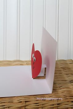 Pop-Up Card Tutorial from Busy Kids = Happy Mom