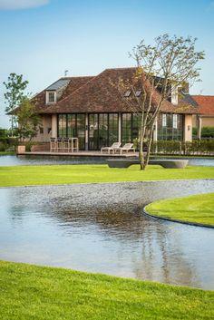 Landschapstuin CDE Garden Pond Design, Backyard Pool Designs, Garden Pool, Landscape Design, Beautiful Buildings, Beautiful Homes, Different House Styles, Farm Village, Rest House