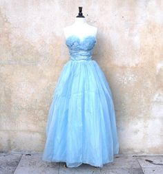 Items similar to strapless blue formal prom / party dress - floor length sky blue organza dress -XXS on Etsy 50s Prom Dresses, 1950s Party Dresses, Nice Dresses, Formal Dresses, Vintage Prom, Vintage Dresses, Organza Dress, Formal Prom, Printed Skirts