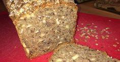 Weltbestes Dinkelvollkornbrot mit vielen Körnern und Nüssen, ein Rezept der Kategorie Brot & Brötchen. Mehr Thermomix ® Rezepte auf www.rezeptwelt.de
