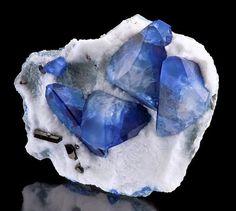 Diamante se considera el mejor amigo de las damas por ser una joya costosa que dura una eternidad. Pero lo que muchas personas no saben es que, de hec...