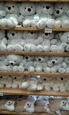 Jumbo Teddy Bear, Big Teddy, Cute Teddy Bears, Kawaii Plush, Cute Plush, Bear Wallpaper, Disney Wallpaper, Aesthetic Iphone Wallpaper, Aesthetic Wallpapers