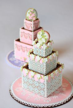 Cookie Boxes stacked to look like a cake. It's a centrepiece filled with edible cookies! / Julia Usher