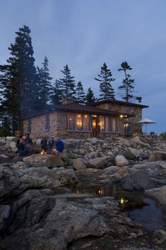 Houzz at a GlanceWho lives here: A vacation home for Bob and Kate HorganLocation: Hunting Island, MaineSize: Main house: 1,570 square feet; 2 bedrooms, 2 bathrooms. Bunkhouse: 270 square feet; 1 bedroom, 1 bathroom