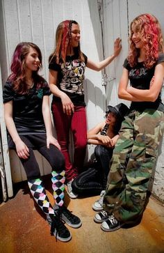 Okay this has literally gotta be the oldest picture of Cherri Bomb/Hey Violet in existence