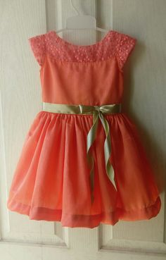 Cute dresses for cute Angels😇😇 Baby Frock Pattern, Frock Patterns, Baby Girl Dress Patterns, Frocks For Girls, Toddler Girl Dresses, Little Girl Dresses, Girls Frock Design, Baby Dress Design, Kids Dress Wear
