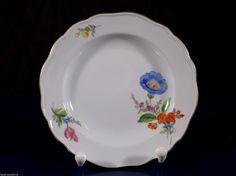 Meissen Teller, Gebäckteller, Blumenmalerei Blume 3 schräg 1. Wahl, D: 14 cm in Antiquitäten & Kunst, Porzellan & Keramik, Porzellan | eBay