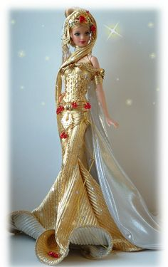 This is my newest creation. A beautiful doll done in all gold. Check out the bottom of her dress. Dolls by Dollocity doll, doll, Barbie doll,# monster high # we love dolls Barbie Model, Barbie Dolls, Barbie Costumes, Pretty Dolls, Beautiful Dolls, Mermaid Barbie, Barbie Miss, Fashion Dolls, Fashion Outfits