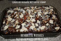 SJOKOLADE KOEKE Kos, Flan Cake, South African Recipes, Birthday Cakes, Banana Bread, Delicious Desserts, Sweet Treats, Chocolate