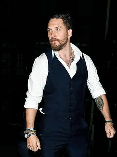 tom hardy arriving at Groucho Club in Soho | Sept 3, 2015 | Legend UK premiere