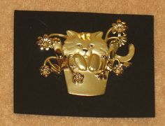 Vintage Gold tone cat pin/brooch cat in plant by Catloversdream on Etsy