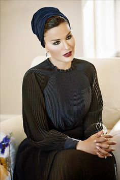 Sheikha Mozah in Electric Blue Hand-Pleated Valentino Couture Dress.This Is How A Queen Dresses.