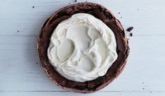 Fallen Flourless Chocolate Cake | 21 Flourless Chocolate Desserts That Will Never Let You Down