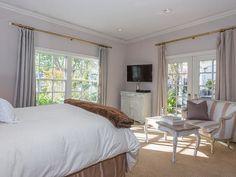 Jennifer Lopez Sells Hidden Hills Mansion For $17 Million | POPSUGAR Home
