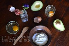 Ultra Hydrating and Skin Softening Mask by Laura Muñoz on FeaushionBlog.com #skincare #beautymask #diy
