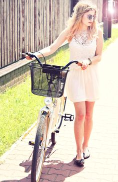 Saturday - Cycling  #Lace #Dresses #Studded #Flats