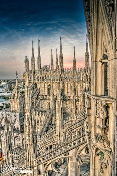 Resultado de imagem para cidade de milão na italia