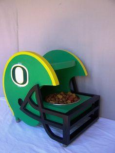 Pet Feeder University of Oregon Ducks Colors by Craftsmanlarry #GoDucks