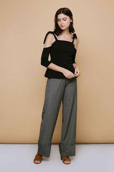 Affordable Fashion, Capri Pants, Fall, Clothes, Autumn, Outfits, Capri Trousers, Clothing, Fall Season