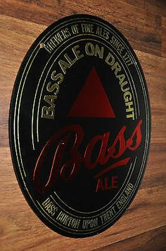 BASS ALE MIRROR ON DRAUGHT BURTON UPON TRENT ENGLAND GLASS BEER FINE SINCE 1977