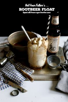 Not Your Father's Root Beer Floats -This summer I sipped on these root beers poolside quite a bit and I'm still relishing in how good it is. Being a food blogger of course I couldn't just leave it alone in all it's glory. I had to turn it into a boozy root beer float. Top this with the bourbon drizzle and you will probably watch some people lick that mason jar clean. Refreshing Summer Cocktails, Spring Cocktails, Vodka Cocktails, Bourbon Sauce, Bourbon Drinks, A Food, Food And Drink, Beer Recipes, Getting Drunk