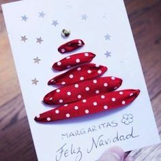 Cute and easy Christmas card Diy Christmas Cards, Noel Christmas, Christmas Gift Wrapping, Handmade Christmas, Christmas Decorations, Christmas Ornaments, Christmas Tables, Christmas Ribbon, Modern Christmas