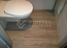 PVC vloeren (click systeem) zijn zelfs geschikt voor in natte ruimtes zoals toilet, badkamer, wasruimte etc. Deze vloeren zijn namelijk 100% waterbestendig!