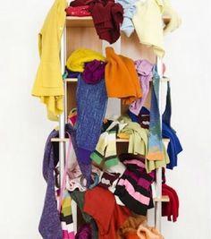 Orden de armario,percha de faldas,idea util,orden armario Baby Car Seats, Clothes, Home Decor, Skirts, Outfits, Clothing, Decoration Home, Room Decor, Clothing Apparel