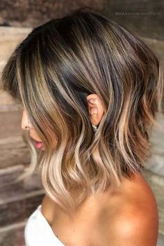 Lob-Haircut-W-Balayage Best Wavy Bob Hairstyles You will Like Medium Hair Styles, Curly Hair Styles, Balayage Lob, Lob Ombre, Balayage Bob Brunette, Balayage Hairstyle, Brunette To Blonde, Wavy Bob Hairstyles, Summer Hairstyles