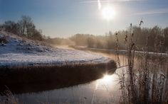 River In A Winter Morning Wallpaper