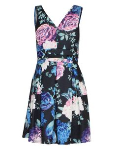 Bold Floral Print V-Neck Pleat Skater Dress in Black £ 4.95 #chiarafashion Bold Floral Print V-Neck Pleat Skater Dress in Black was £ 14.95 £ 4.95  Flower power. For an effortless look choose this flattering dress that will suit everyone, The V neck and V back makes for the perfect style and the pleats add a flawless finish. You have a choice of simple blue, lilac or black accessories.