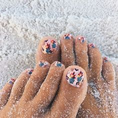 piña tropical print nails | Goldfish Kiss