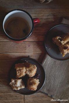 Rhubarb Monkey bread & blueberries white chocolate - Monkey bread de ruibarbo con arándanos secos y chocolate blanco