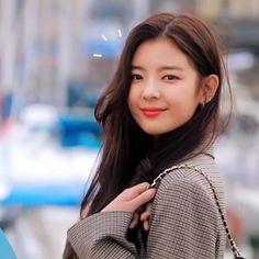 Role Player, Kpop Aesthetic, Suzy, Me As A Girlfriend, Girl Power, Korean Girl, Kpop Girls, Girl Group, My Girl