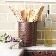 Native Trails' hand hammered copper utensil holder will enhance any kitchen décor. Kitchen Countertop Storage, Kitchen Utensil Holder, Kitchen Countertops, Kitchen Organization, Copper Canisters, Copper Utensils, Cool Kitchen Gadgets, Cool Kitchens, Copper Kitchen Accents