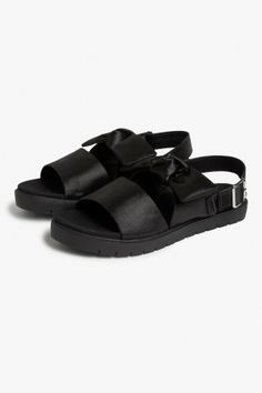 Monki Bow sandals  in Black