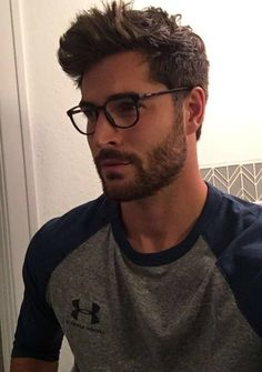 New fitness model hair posts ideas Nick Bateman, Hair And Beard Styles, Short Hair Styles, Hipster Haircut, Taper Fade Haircut, Boy Hairstyles, Muscle Men, Haircuts For Men, Bearded Men