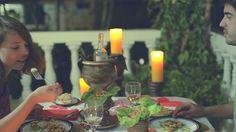 Una cena romántica en  #SanAndres , Colombia disfrutando uno de los platos típicos de la isla. Deliciosa #gastronomía  en #HosteríaMarySol . delicious cuisine! deliciosa cozinha! Table Decorations, Gastronomia, Kitchen, Romantic Dinners, Islands, Restaurants, Dishes, Colombia, Dinner Table Decorations
