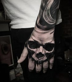 A skull of Ben Thomas - Tattoo Hand - # skull ., a skull of Ben Thomas - Tattoo Hand - # skull . Full Hand Tattoo, Hand Tats, Hand Tattoos For Guys, Arm Tattoo, Tattoos For Women, Skull Tattoo Design, Skull Tattoos, Tattoo Designs Men, Body Art Tattoos