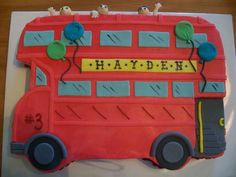 Double Decker Bus This cake was made for a little boy in Oxford, Mississippi. He hada double decker bus party with face painting and a ride. Pirate Birthday Cake, 4th Birthday Cakes, Boy Birthday Parties, Birthday Ideas, 2nd Birthday, Jungle Theme Cakes, Bus Cake, Double Decker Bus, Novelty Cakes